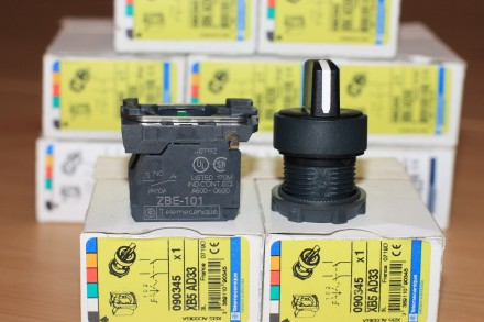 XB5 AD33 Переключатель поворотный, на три позиции, Schneider Electric  XB5 AD3. Киев, Киевская область. фото 4