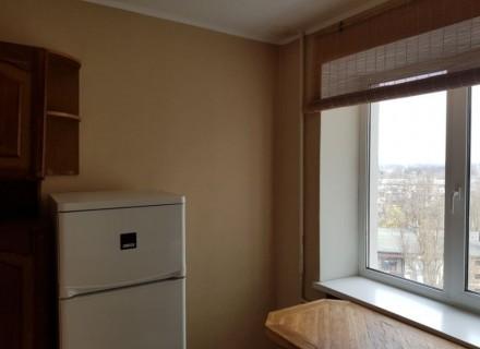 2 ком квартира на Рокосовского. Кирпичный дом, 8 этаж, комнаты раздельные, боль. Чернигов, Черниговская область. фото 3