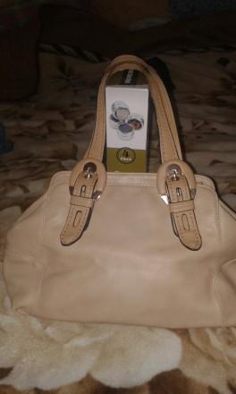 Женская сумка Gilda Tohetti бежевая. Фирма Gilda Tohetti основана в 1970 году, д. Днепр, Днепропетровская область. фото 2