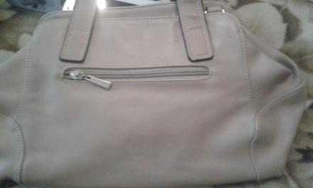 Женская сумка Gilda Tohetti бежевая. Фирма Gilda Tohetti основана в 1970 году, д. Днепр, Днепропетровская область. фото 9