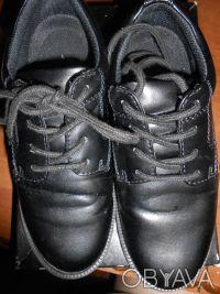 Черные туфли на шнуровке,в отличном состоянии,куплены в США. Отправляю УкрПочто. Київ, Київська область. фото 2