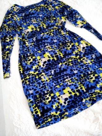 Продам очень красивое фирменное платье в идеальном состоянии.. Ужгород, Закарпатская область. фото 4