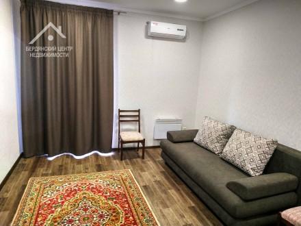 Уютная 2 комнатная в Центре. Бердянск. фото 1