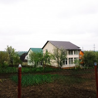 Продам будинок ВЛАСНИК від Катіону 1км масив