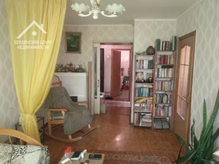 2 комнатная в спальном районе. Бердянск. фото 1