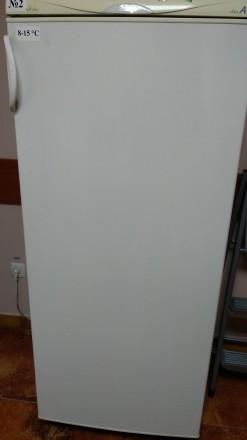 Продается мебель для аптеки, б/у в хорошем  состоянии. Витрина 1,8х3,4м. 3 шкафа. Киев, Киевская область. фото 9