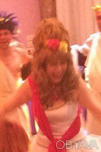 Продам интересный женский  парик, покупала на юбилей, один раз одет. Отдам за 7. Чернигов, Черниговская область. фото 3