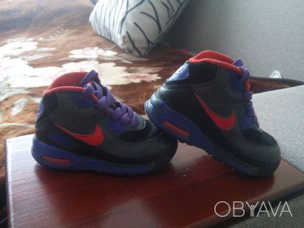 Супер кроссовки Nike, размер 22,5 (стелька 14,5см, подошва 16,5см), состояние от. Киев, Киевская область. фото 1