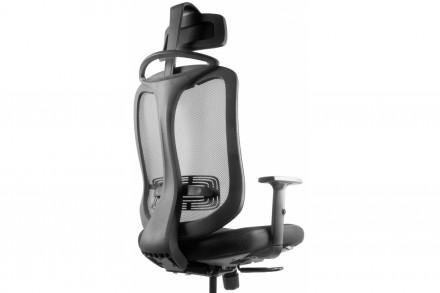 Офисное недорогое кресло в сетку. Днепр. фото 1