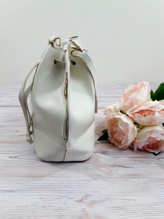 Отличная модель модной сумочки-торбы грушевидной формы, выполненной в классическ. Запорожье, Запорожская область. фото 7