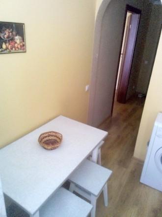 Сучасна квартира на Мірющенка ( Карнаухова). Сучасний ремонт, меблі. Уся побуто. Мототрек, Ровно, Ровненская область. фото 5