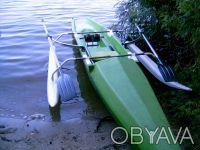 Спортивная лодка для академической (прибрежной) гребли. Киев. фото 1