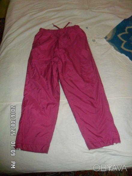 ПРодам утепленные спортивные штаны на девочку в отличном состоянии на рост 128-1. Киев, Киевская область. фото 1