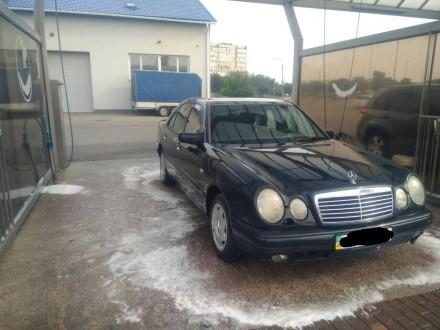Mercedes e230. Киев. фото 1