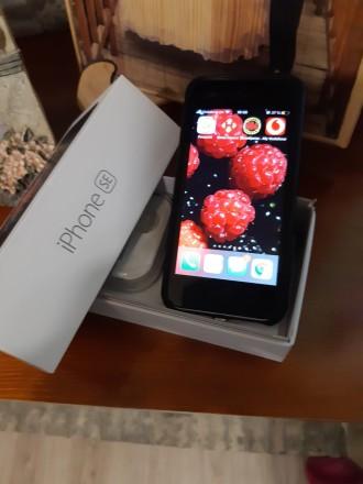 Продам IPhone SE space gray 32 GB never lock. Кропивницкий. фото 1