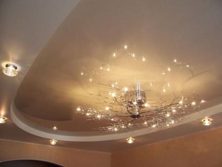 Натяжные потолки (чистая работа ). Опыт более 10лет . Гарантия качества. Киев. фото 1