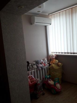 Продам двухкомнатную квартиру на Лазурном. Краматорск. фото 1