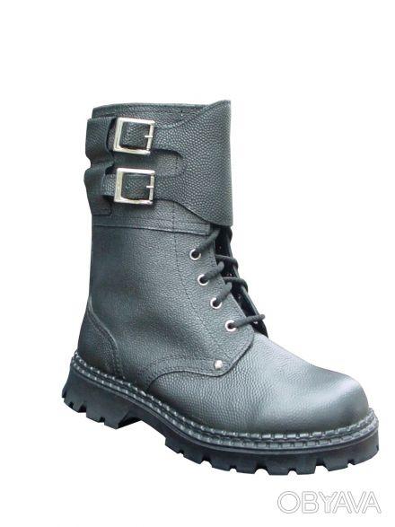 Ботинки с высокими берцами типа Омон кожаные, мужские