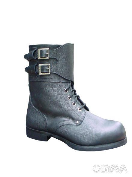Ботинки с высокими берцами типа Омон кожаные, гвоздевые