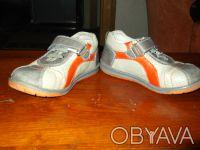 Продам туфли (кроссовки) на мальчика. Верх - кожзам, внутри кожа. Размер 25, по . Чернигов, Черниговская область. фото 4