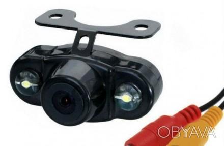 Камера заднего вида E400 - Универсальная