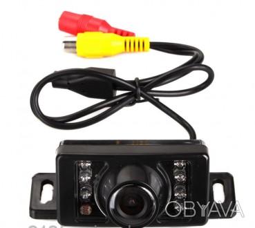 Универсальная автомобильная камера заднего вида E-313