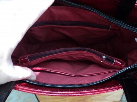 Очень красивая женская сумка,лак,Полноценные карманы по бокам сумки на молнии , . Новомосковск, Днепропетровская область. фото 5