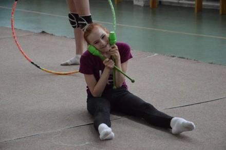Булавы гимнастические зеленые Тайвань L=42см. Одесса. фото 1