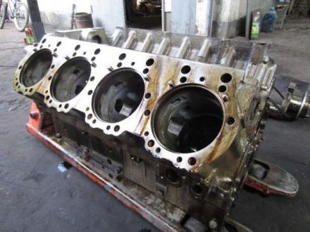 Блок цилиндров ямз-240 разд.гол. (двигатель 240м2). Мелитополь. фото 1