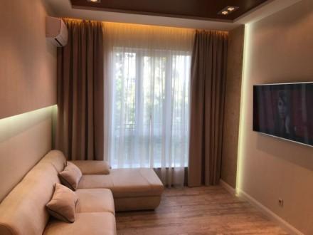 Идеальная квартира для современной пары,с невероятно уютным дизайнерским ремонто. Київ, Київська область. фото 4