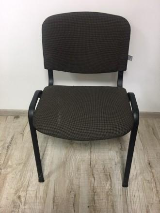Продаю офисный стул, в наличии есть два. если есть вопросы задавайте. Очень жела. Львов, Львовская область. фото 2