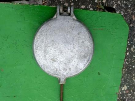 Продам срочно вафельницу, форма для выпечки печенья В хорошем состоянии Диамет. Конотоп, Сумская область. фото 7