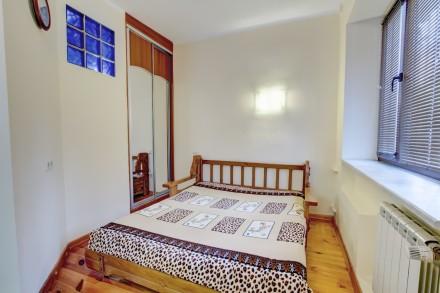 1-комнатная квартира-студия в одном из живописнейших мест Одессы, находится на у. Приморский, Одесса, Одесская область. фото 6