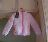 Продам новую демисезонную курточку для девочки. Мягенькая, очень легкая. Не буд. Киев, Киевская область. фото 2