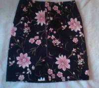 Продам красивую юбку в отличном состоянии. Длина - 47 см, талия - 35 см, бедра- . Киев, Киевская область. фото 2