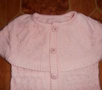 Свитер-водолазка на девочку нежно-розового цвета с жилеткой. Длина свитера - 45 . Кривий Ріг, Дніпропетровська область. фото 5
