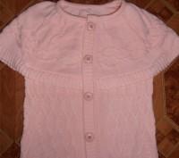 Свитер-водолазка на девочку нежно-розового цвета с жилеткой. Длина свитера - 45 . Кривий Ріг, Дніпропетровська область. фото 4