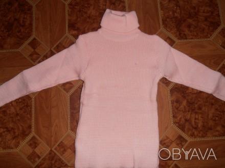 Свитер-водолазка на девочку нежно-розового цвета с жилеткой. Длина свитера - 45 . Кривий Ріг, Дніпропетровська область. фото 1