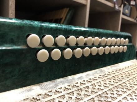 · Производитель: Житомирская Фабрика · Количество кнопок справа (голоса): 25 кно. Чернигов, Черниговская область. фото 6