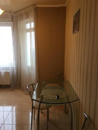 В квартире есть вся необходимая мебель и бытовая техника.Оплата коммунальных усл. Таирова, Одесса, Одесская область. фото 5