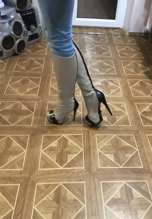 Сапоги бежевые стильные на каблуке сапожки на шпильке. Днепр. фото 1