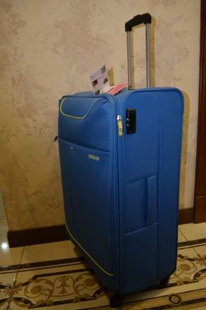 Чемодан валіза на 4 колесах. голубого кольору функція збільшення обсягу. Вбудов. Львов, Львовская область. фото 3