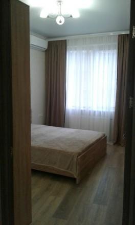 сдам посуточно новую квартиру в Аркадии с размещением до шести человек. Одесса. фото 1