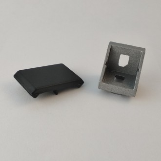 Кутовий з'єднувач 18x18 з кришкою (угловой соединитель). Львов. фото 1