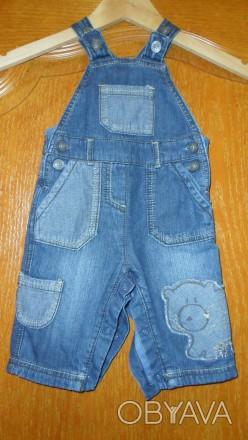 джинсовый комбинезон очень качественный украшен апликациями есть пуговицы,с помо. Запорожье, Запорожская область. фото 1