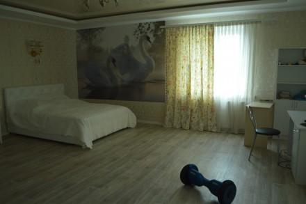Большой дом в Астре. 372м2, с ремонтом и техникой,. Чернигов. фото 1