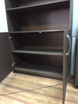 Продается комплект из 2 Шкафов + тумба Шкафы в хорошем состоянии ,есть небольши. Киев, Киевская область. фото 8
