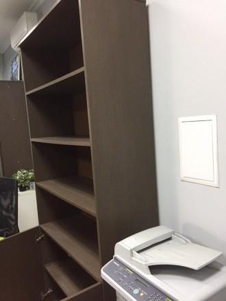 Продается комплект из 2 Шкафов + тумба Шкафы в хорошем состоянии ,есть небольши. Киев, Киевская область. фото 5