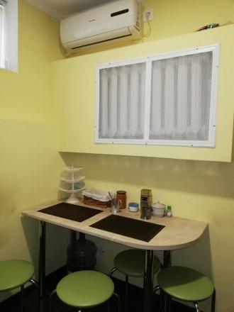 Сдам офис на цокольном этаже  ·      расположение офиса - выходит на красную ли. Центр, Днепр, Днепропетровская область. фото 10