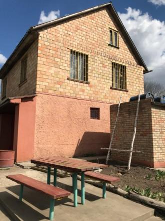 Продаём кирпичный 3х этажный  дом в экологически чистом месте ,  Фостовский р-н . Фастов, Киевская область. фото 4